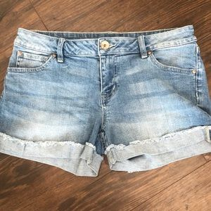 Jean Shorts with Cuff